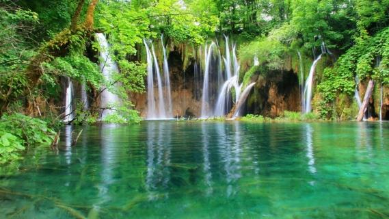 www-bancodeimagenesgratuitas-com-cascadas-falls-water (1)
